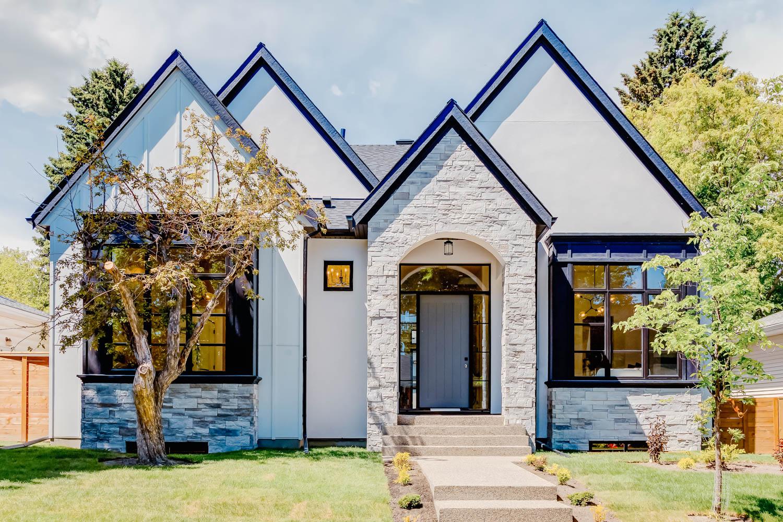 Calgary Custom Home Builder
